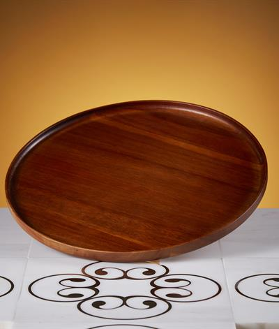 Greenwood Round Tray in Acacia