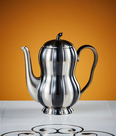Hoffmann Coffee Pot in Black And Platinum
