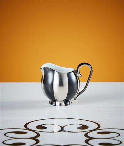 Hoffmann Creamer in Black And Platinum
