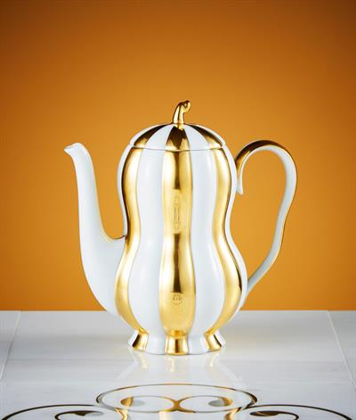 Hoffmann Coffee Pot in White And Gold